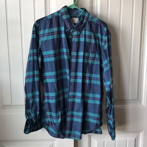 J.Crew tailored fit button up shirt